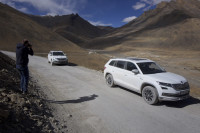 Way back,Unknown valley between LEH and Manali,@pitrsonskp on picture -)